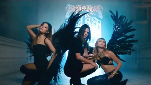 《霹靂嬌娃》電影主題曲火辣釋出:不要叫我天使,叫我的名字!