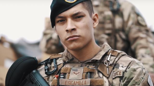 Lực lượng an ninh không quân Hoa Kỳ | Get In Step phong cách Hiphop-Rap