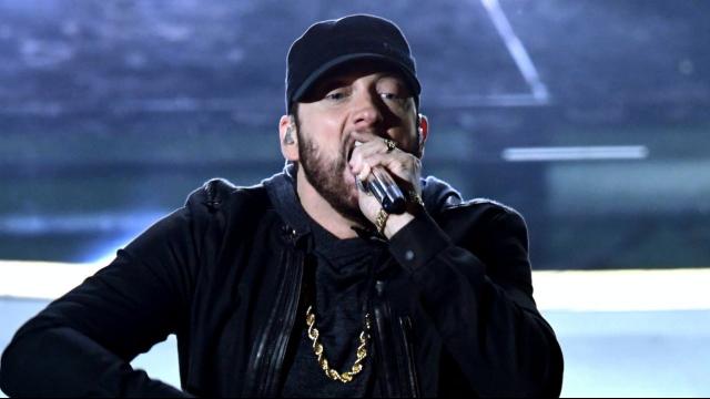 Huyền thoại Eminem biểu diễn Lose Yourself trên bục Oscar 2020