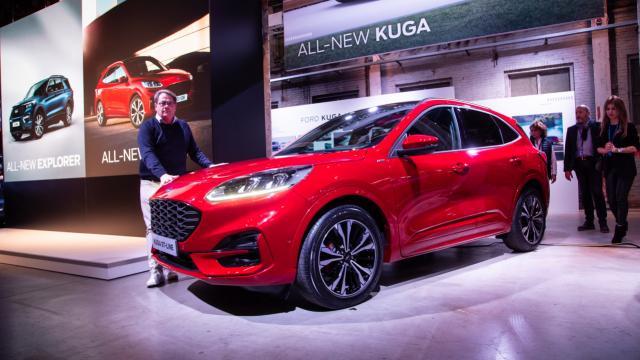 【近距離影片賞車】第三代Ford Kuga正式發表!|全球首映(含內裝)