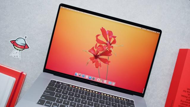 對16吋MacBook Pro的第一印象!by 網紅Marques Brownlee 含中文解譯