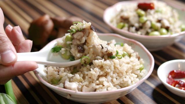 毛豆香菇糙米飯│益家煮 極簡健康食譜