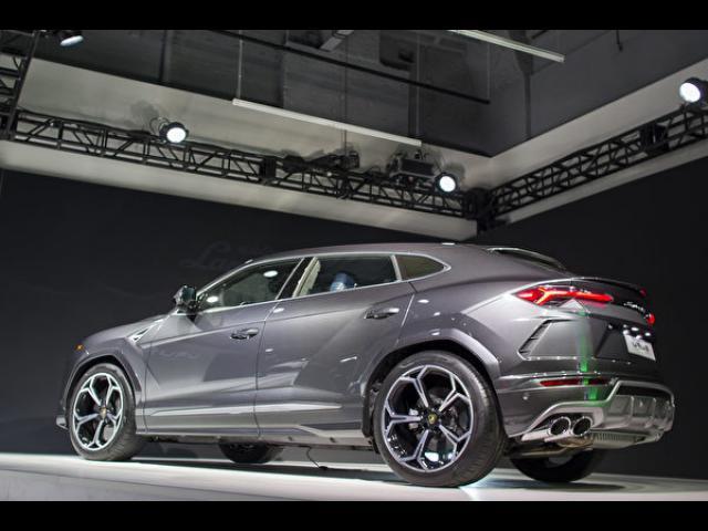 【車評】地表最強SuperSUV!擁有Lamborghini超跑靈魂的『Urus』
