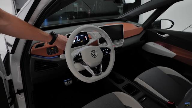 【車評】有望超越特斯拉地位!福斯首款電動車『ID.3』外觀、內裝、技術車評