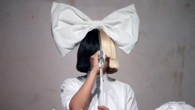 Sia〈Original〉肯定獨一無二的自己,不再浪費生命屈就平凡